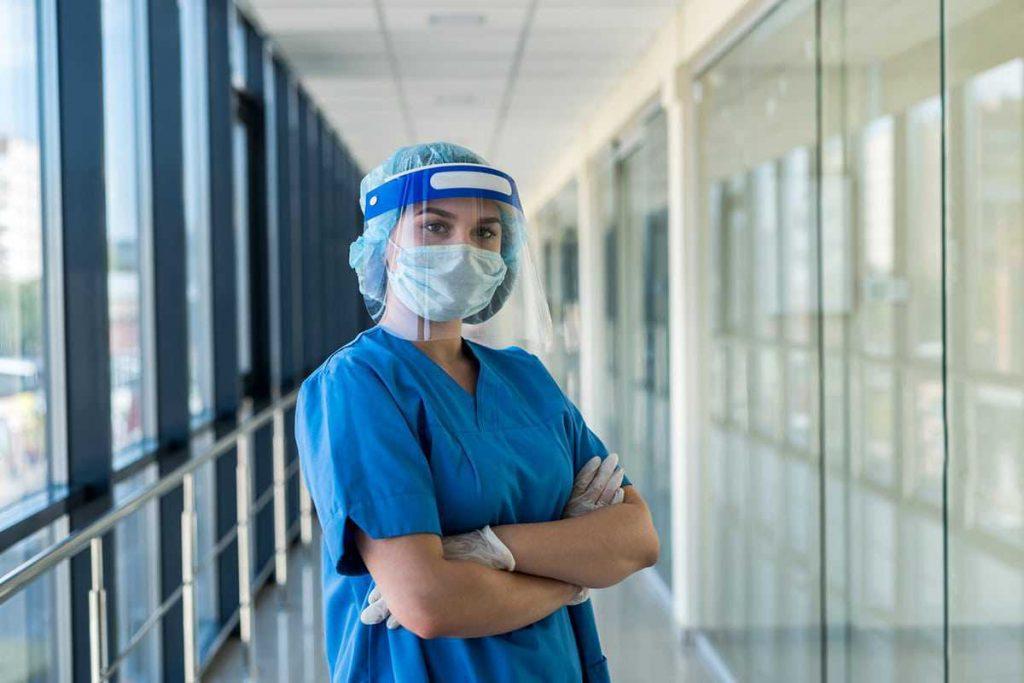 معاینه پزشکی برای اخذ ویزای کانادا