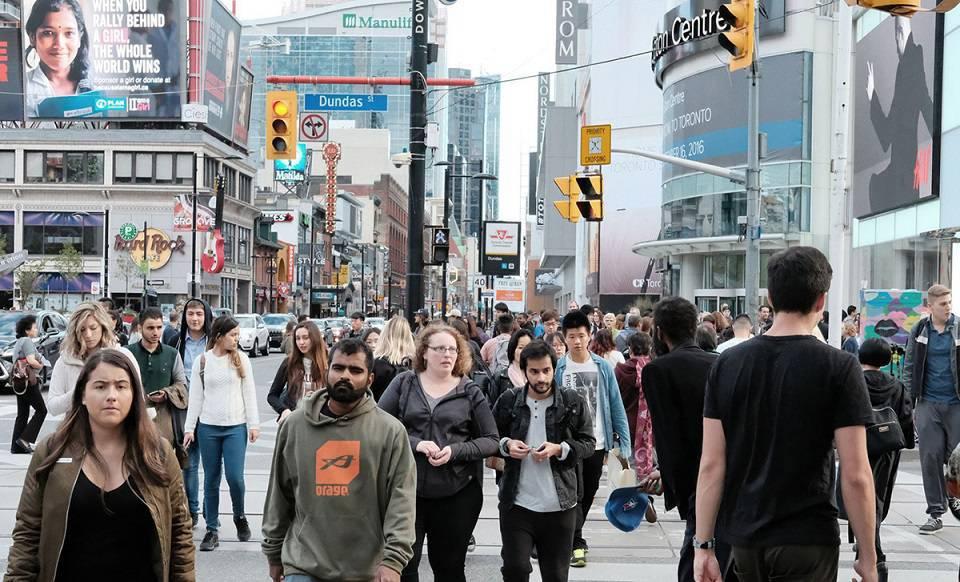 بدی مهاجرت به تورنتو