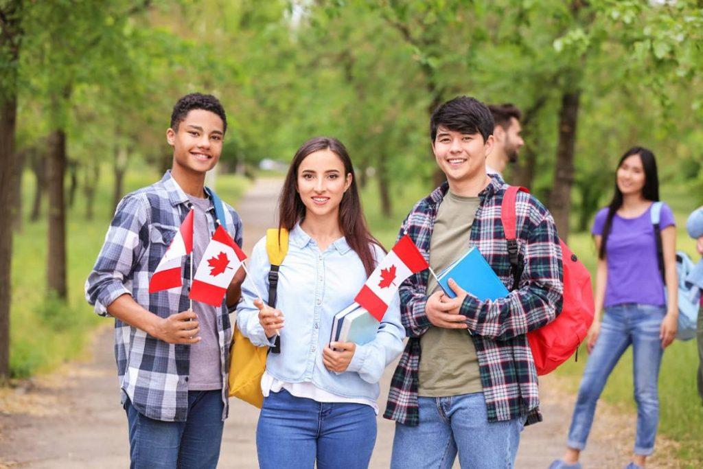 شرایط فرد فرستنده دعوت نامه کانادا