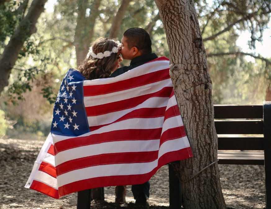 وکیل مهاجرت به آمریکا از طریق ازدواج