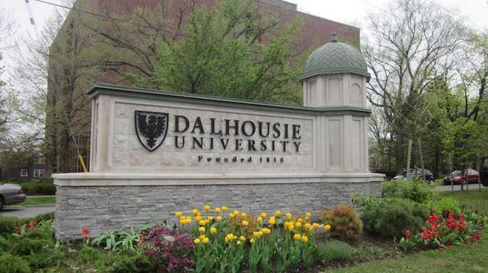 دانشگاه دالهاوزی (Dalhousie University)