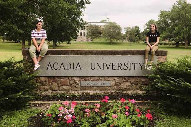 دانشگاه آکادیا (Acadia University)