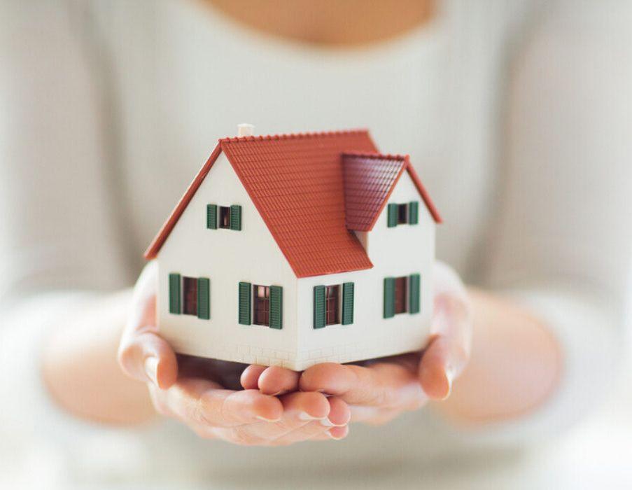 وکیل برای خرید خانه در کانادا