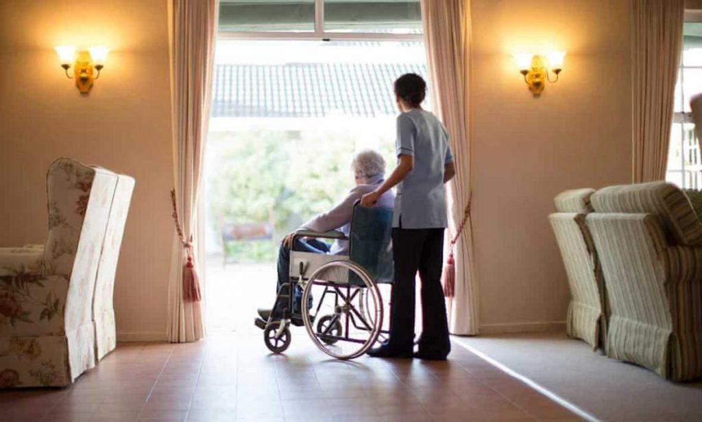 شرایط استخدام پرستار خانگی در کانادا