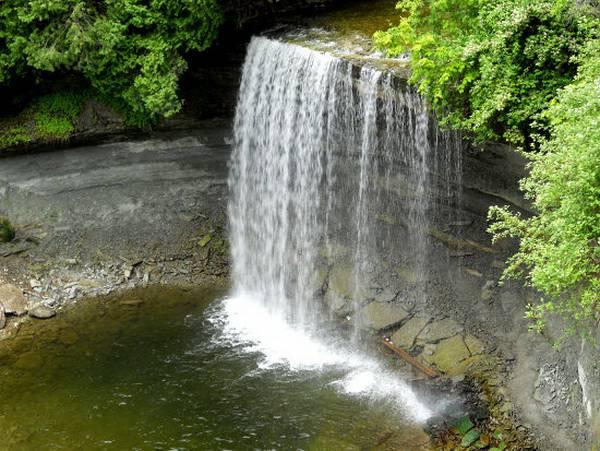 آبشار تورعروس کانادا